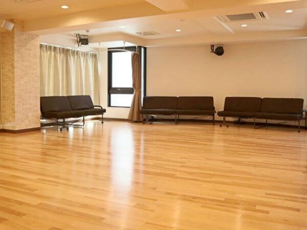 池袋の社交ダンスホール ダンスサロンメモリーの写真
