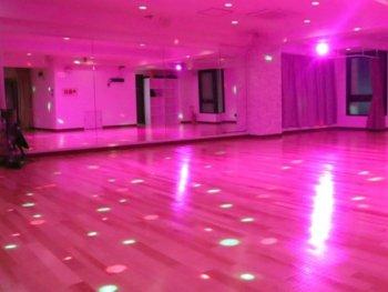 社交ダンスホール ダンスサロンメモリー照明